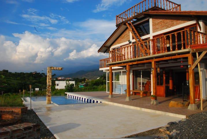 Hermosa vista del Valle del Cauca