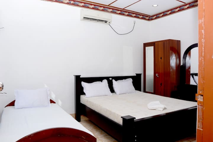 New AT Hotel - Jaffna - Bed & Breakfast
