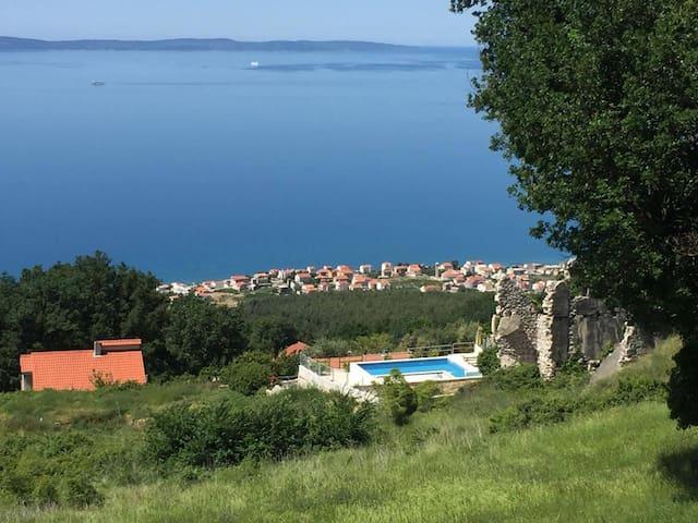 Villa Sky : pool & fantastic view