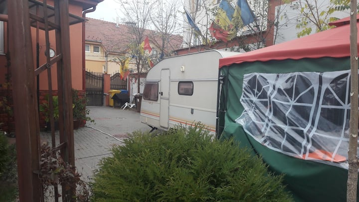 Atia Caravan