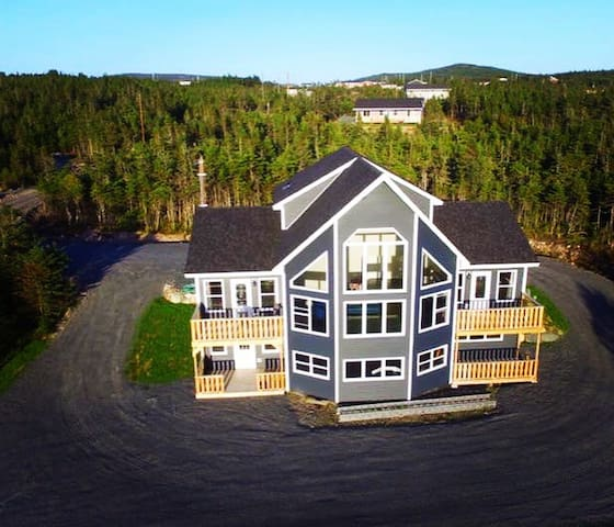 Jenna's Place, Whiteway Home on the Bay