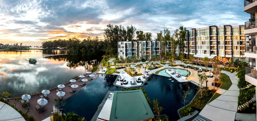 Luxury Lagoon View 1 BD AP in Laguna Bangtao Beach