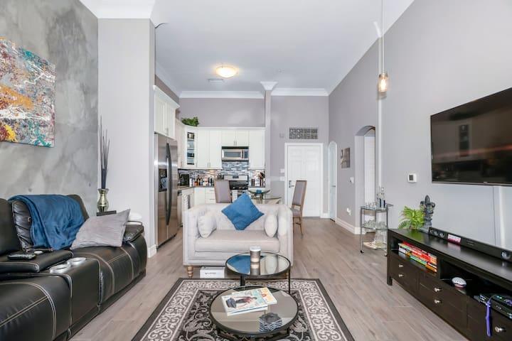 Premium Downtown San Diego 1 Bedroom Apartment