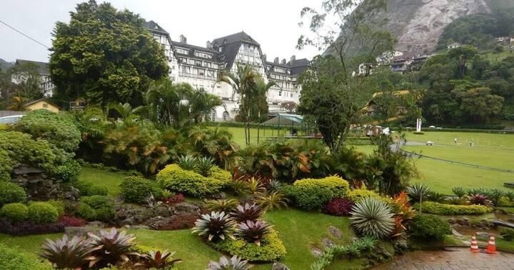 Conforto e comodidade no Palácio Quitandinha.