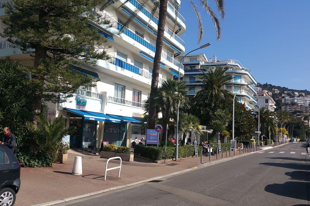 Boulevard Franck Pilatte - Résidence Bleu Rivage - studio is in this residence