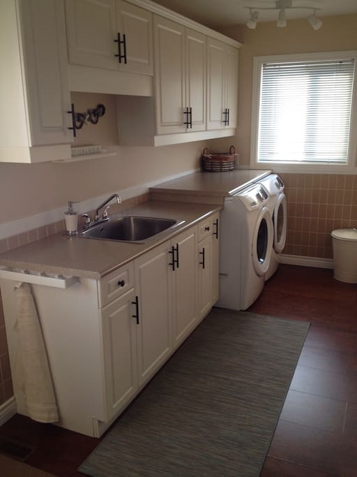 Washer & Dryer for guests staying more than a week.