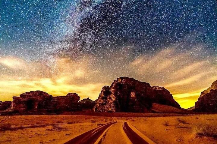 WADI RUM BEDOUIN STARS CAMP & TOURS (TRIPLE ROOM1)