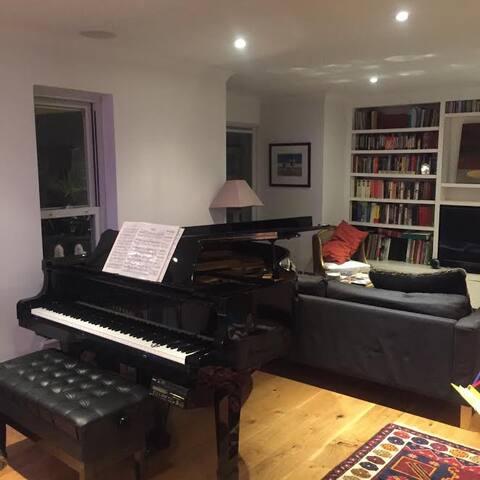 Mews House in West Kensington - London - Hus