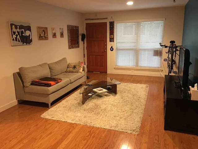 Perfect Stay Near Downtown