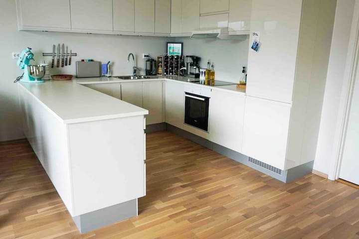 Fully equipped premium kitchen