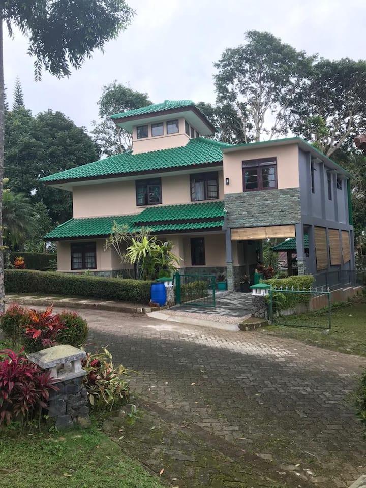 Villa Green Fresh - Cipanas - Bumi Ciherang Puncak