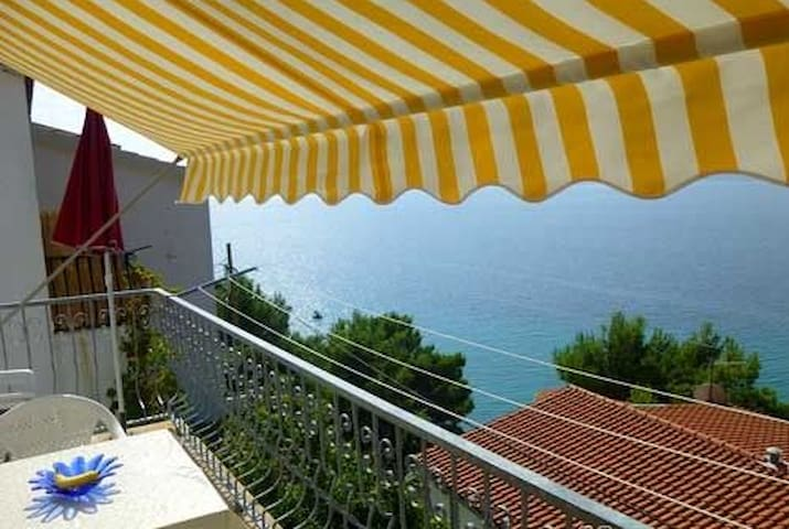 Perfect location apartment for summer holidays - Mimice - Apartamento