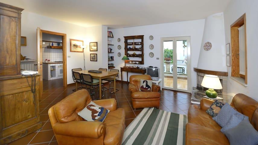 CASA DEL GALLO - APPARTAMENTO LA CASETTA - Atri - Apartment