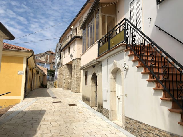 Al centro del borgo