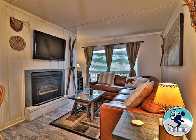 Centrally located in the heart of Killington with shuttle to Slopes/Ski home