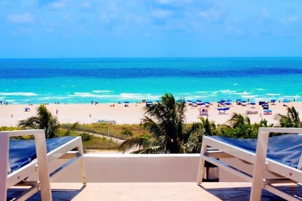 Ocean Dr Beachfront 1 Bedroom Condo Rooftop Pool