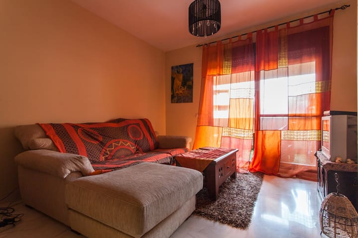 Sunny apartment with pool - Mairena del Aljarafe - Appartement