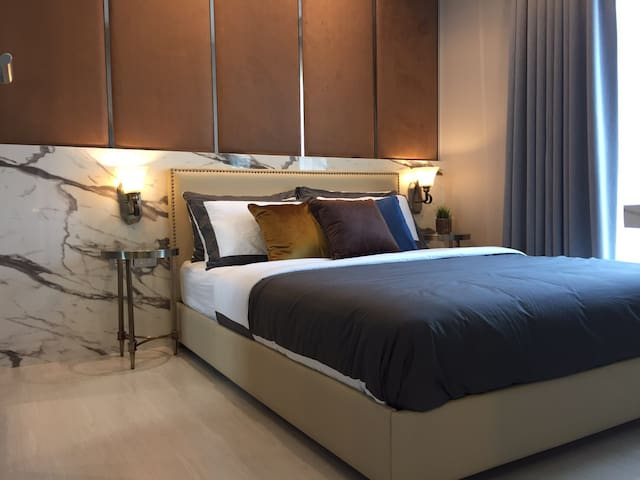 New Luxury Condo Near BTS Thonlor 1 BR - Bangkok - Appartement en résidence
