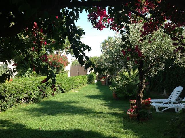 Incantevole villetta indipendente - Lendinuso - บ้าน