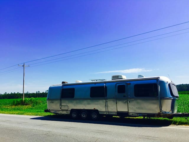 Vintage 34' Airstream (Avion) RV!! - Green Cove Springs - Bobil