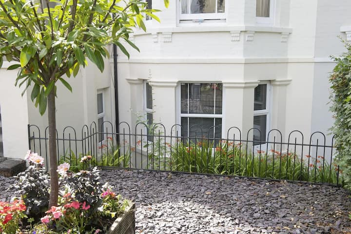 Garden Flat in Mayfield