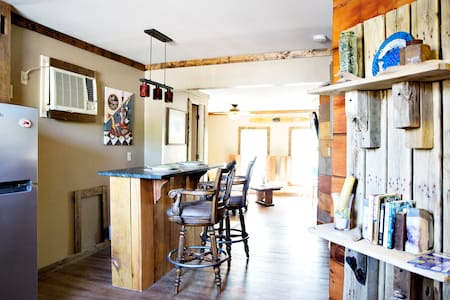 The Loft at the Green Kayak