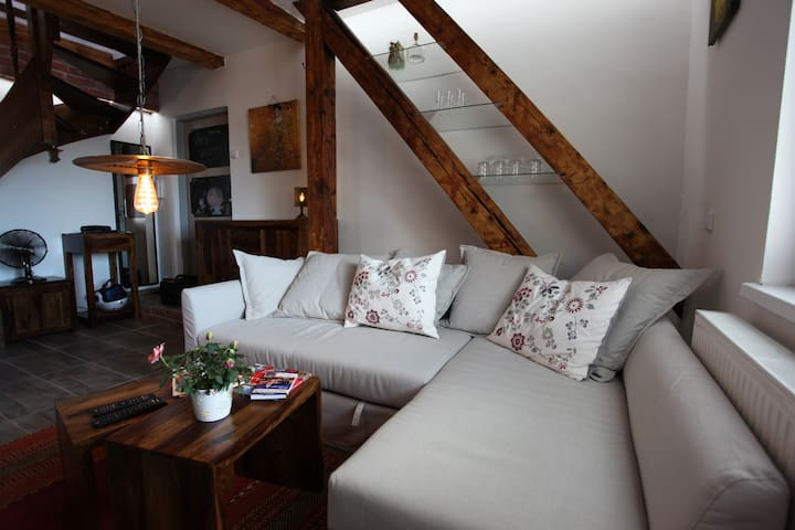 Little Big Loft in Old Town