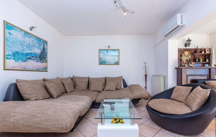 Three bedroom apartment with terrace and sea view Kostrena, Rijeka (A-14285-a)