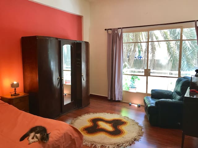 Mar Mikhayel - Vintage time capsule suite