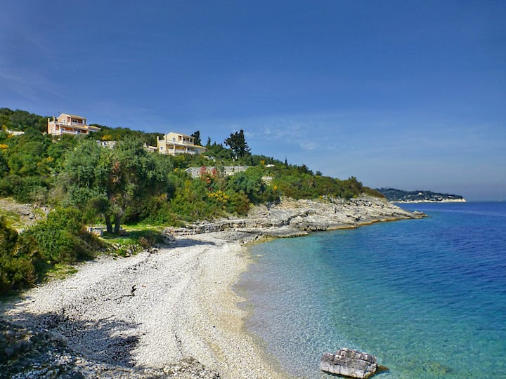 Villa Despina | private pool, 2 min to the Beach