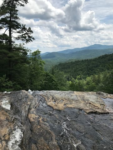 Mountain Getaway on Glen Falls