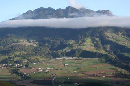 Hacienda Las Nubes - Valley View