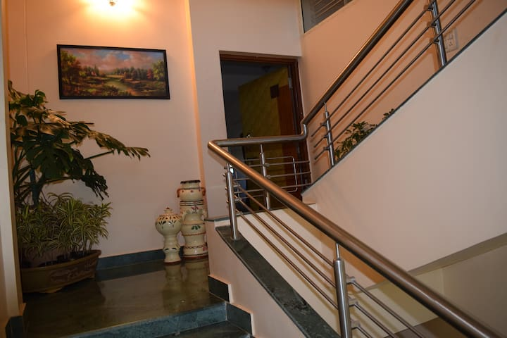 SAANVI GUESTHOUSE - Nashik - Bed & Breakfast