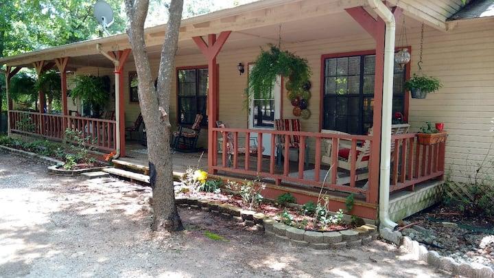 Valleywood Retreat at Holly Lake Ranch