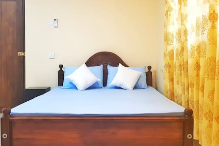 Double Room (A/C + Private Bathroom + Hot Water) a