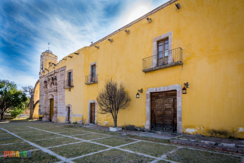 El Templo de San Antonio de Pádua y el Casco de la Hacienda de Juana Guerra datan del siglo XVII, 1795.