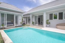 Gather in Beautiful Tropical Villa in Canggu