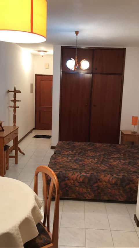Apartamento T0 no centro do Porto Santo