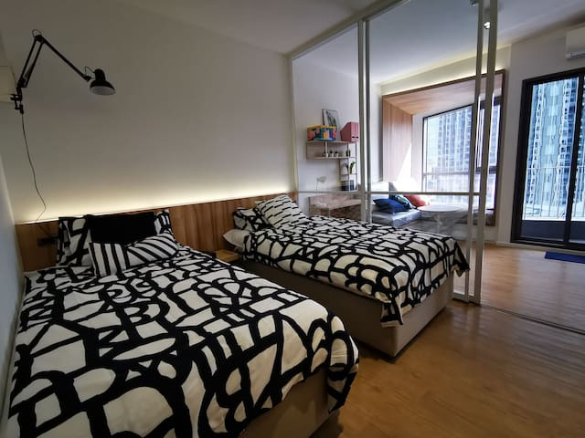 Newest 1BR Scandinavian Modern on MRT Samyarn