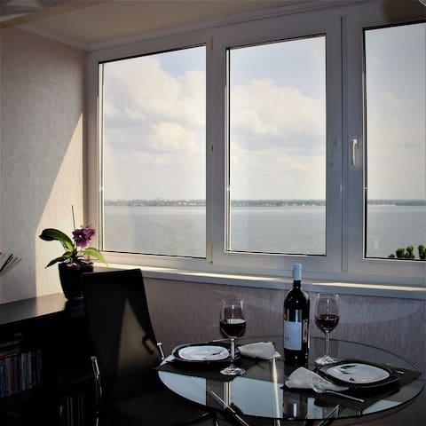 2 комнатная Квартира с видом на Волгу