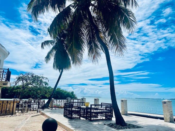 #15 Private Terrace over the Caribbean Mar Azul.