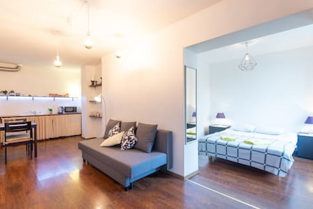 Lovely & Clean Superior Apartment with Terrace