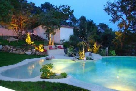 Villa lumineuse avec piscine privée - Begur