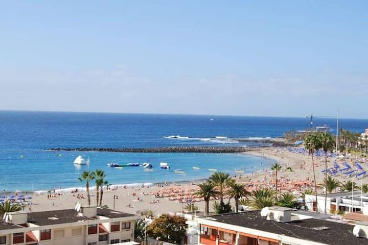 Next to the beach in the center of Los Cristianos
