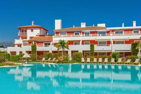 Modern townhouse in New Golden Mile, Marbella