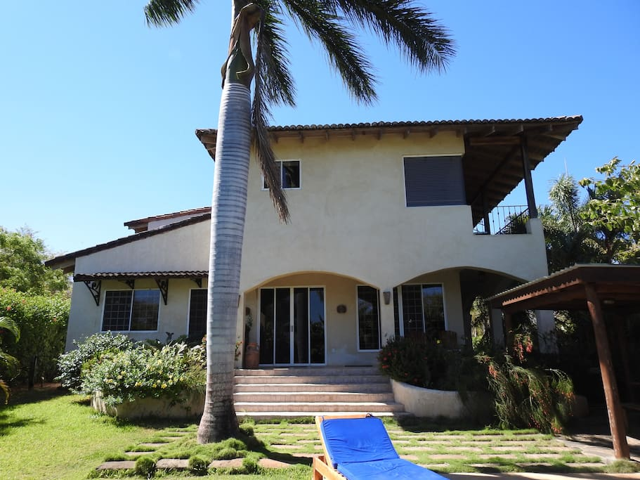 Beach house houses for rent in los pargos guanacaste for Costa rica rental houses