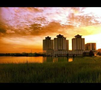 Comfy Studio Apartment - Seri Kembangan - Apartament