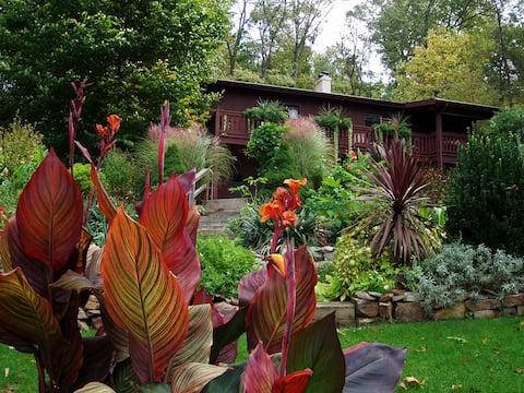 Peaceful Garden GetAway in Lancaster County, PA