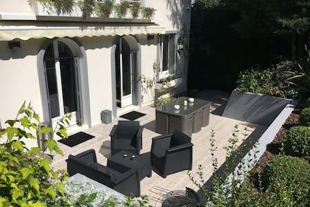 maison familiale Vaucresson - Vaucresson - Haus