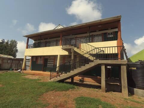 Run in Kenya 🇰🇪 - Saro Guest House